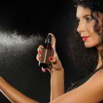 5 Tips memakai parfum pewangi pakaian tahan lama