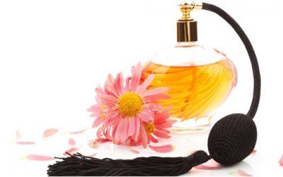 Tips Memilih Parfum Untuk Wanita