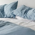 Cara menghilangkan noda di kasur spring bed