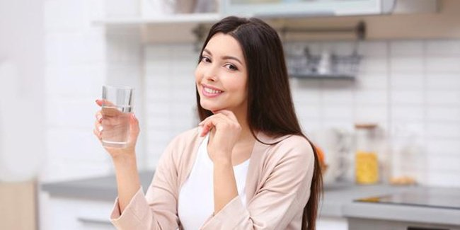 Minum Air Putih Setelah Bangun Tidur Menyehatkan